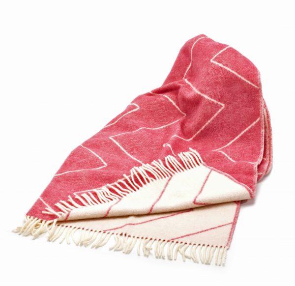 Brita Sweden Decke Pink Blush, schöne Kuscheldecke, Wolldecke