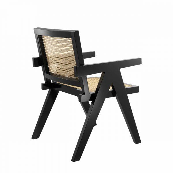 kantiger stuhl